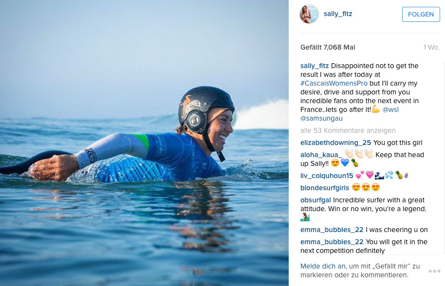 Sally Fitzgibbons mit Helm