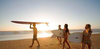 Wo finde ich die besten Surfcamps? Wir verraten es dir!