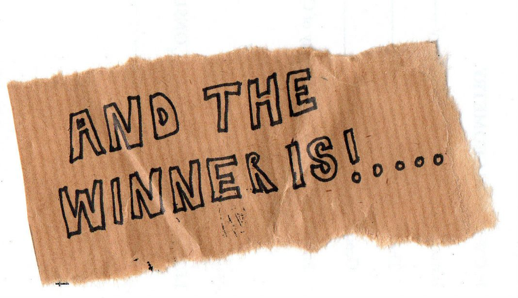 Der Gewinner unserer ersten Adventsverlosung steht fest!