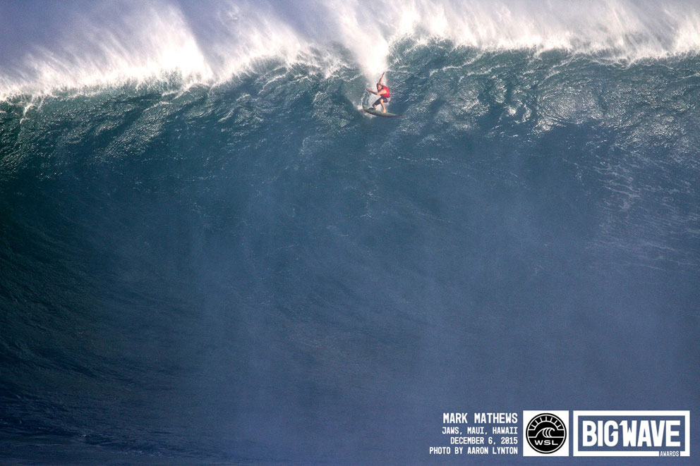 Vielleicht die größte Welle, die je in Jaws angepaddelt wurde.
