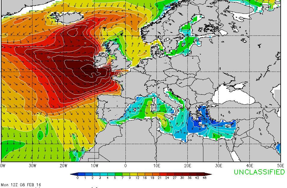 Swellprognosekarte für Montag Mittag: 50 Fuß treffen in Großbritannien ein. Aber Italien sieht eigentlich ganz gut aus.