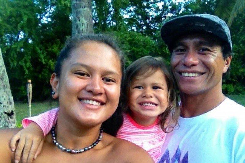 Tuhiti Haumani mit Tochter und Freundin.