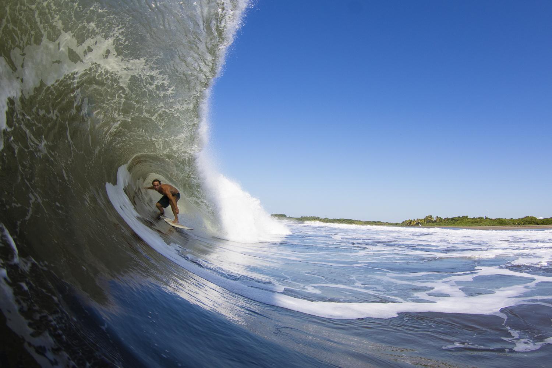 Nicht nur Anfänger finden im Sudden Rush Surfcamp in Nicaragua perfekte Bedingungen vor. Auch fortgeschrittene Surfer kommen voll auf ihre Kosten.