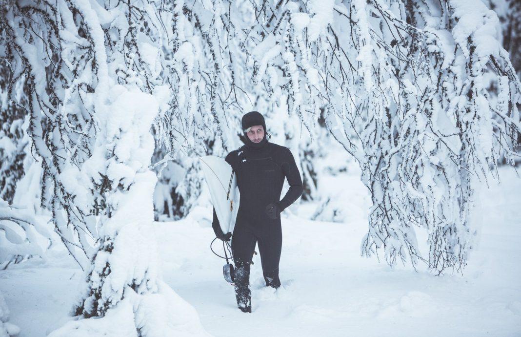 Manchmal muss Freddie Meadows auf dem Weg zu einem Spot erst einmal verschneite schwedische Wälder durchqueren.