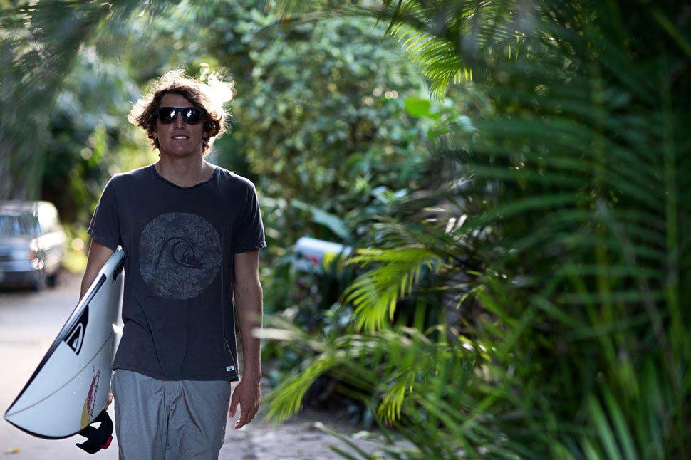 Der Italiener Leonardo Fioravanti ist nun im Global Surf Team von Smith Optics!