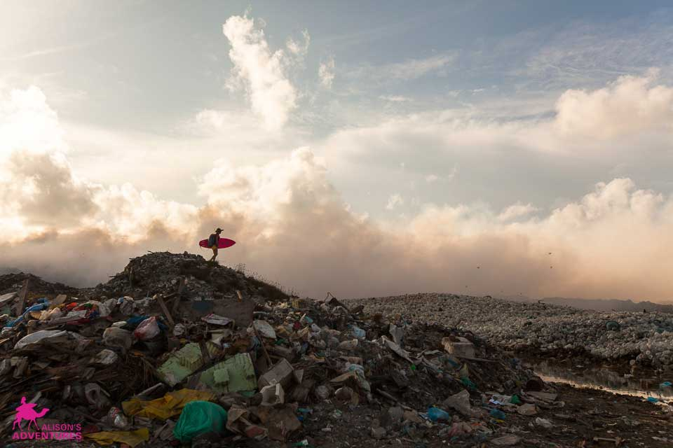 Wo jetzt Berge aus Müll sind, war früher eine Lagune voll Wasser