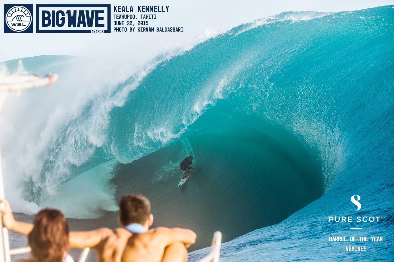 Noch einmal die Welle von Keala aus einer anderen Perspektive. Könnt ihr euch vorstellen, was passiert, wenn man von so einer Lippe getroffen wird? Wir nicht.