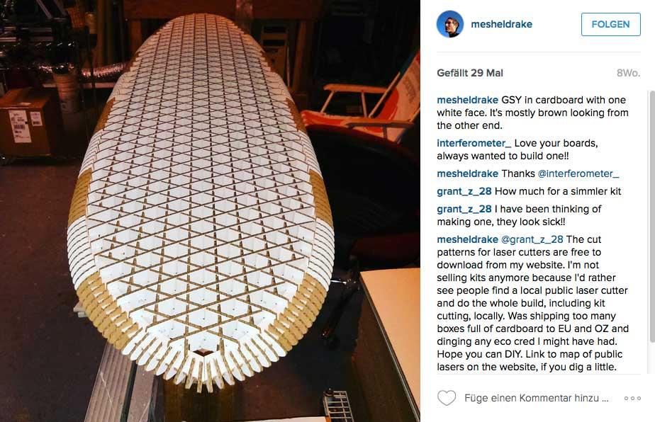 Der Kern eines normalen Cardboard-Surfboards, wie sie schon seit Jahren (wenn auch sehr selten) zu sehen sind. Sieht auf jeden Fall nach einer Menge Arbeit aus.