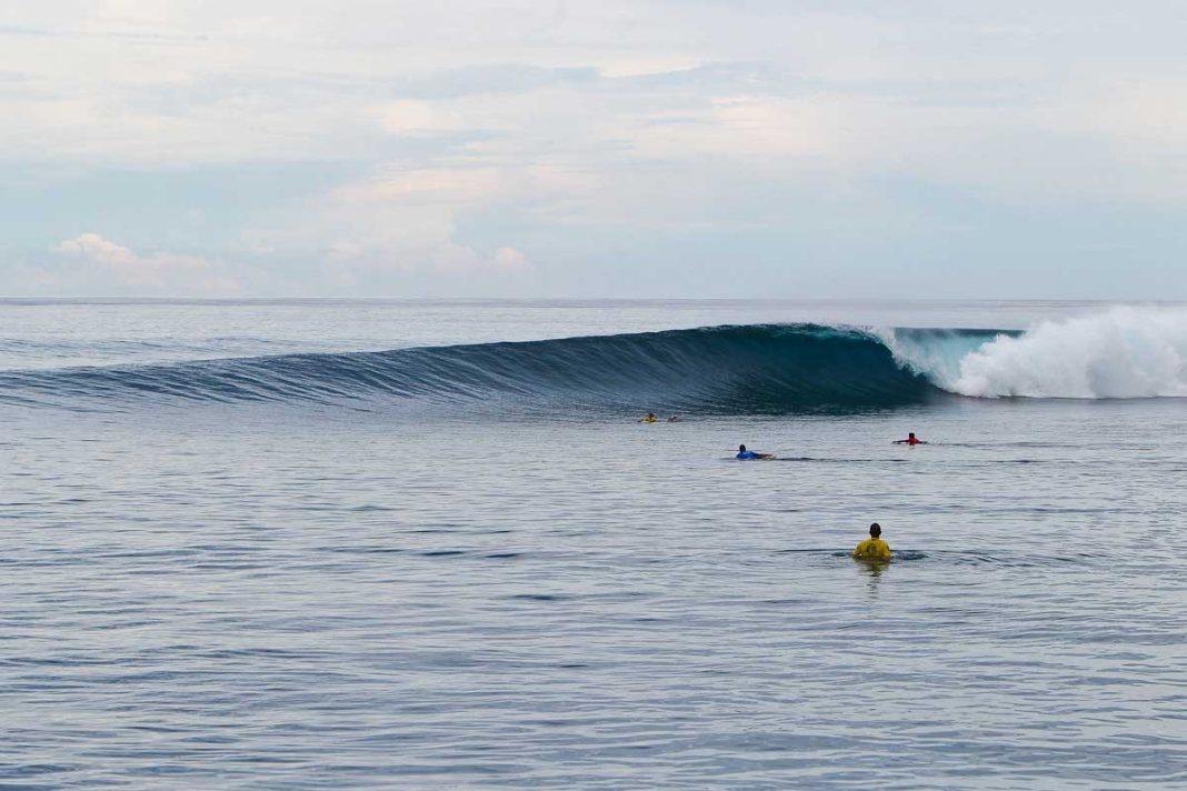 Surfst du nur solche Wellen, kommst du mit weniger Volumen im Board aus. Credit: WSL
