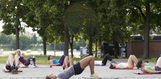 Beim Roxy Girls Surf Workout fit werden in nur zehn Wochen!