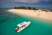 Vinaka heißt übersetzt Danke. Ist schon schön, wenn sich die ganze Insel so über dich freut, dass sogar das Boot gebrandet wird.