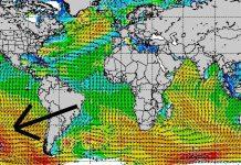 Noch vier Tage, dann ist der Swell von seinem Entstehungsort (vor der Pfeilspitze) bis nach Mexiko gewandert.