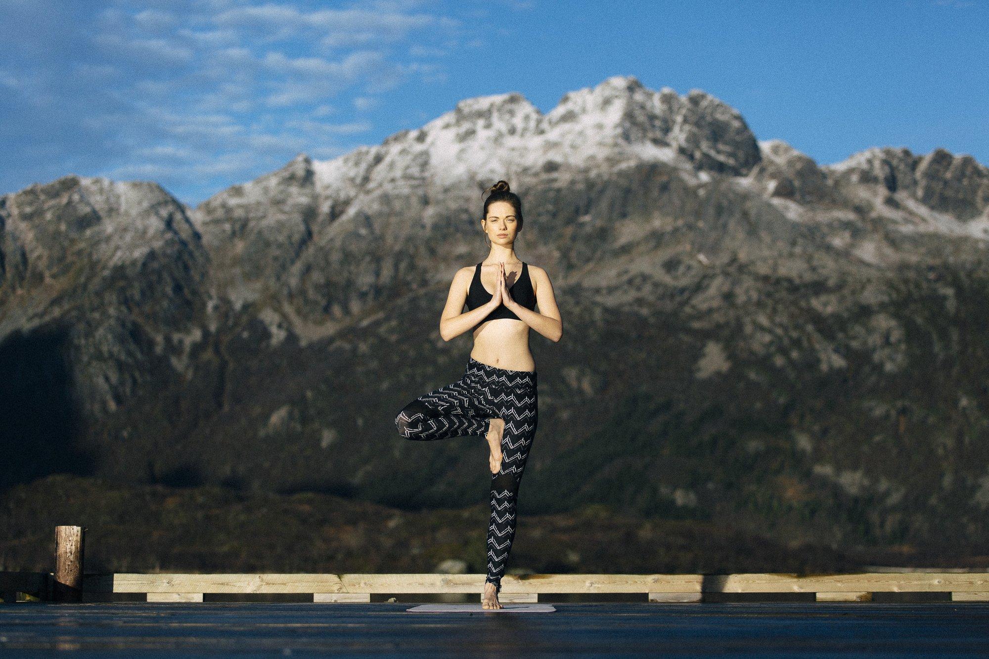 Mit Leggings und Top kannst du nach der Yogasession sofort ins Wasser ohne dich umzuziehen!
