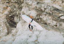 Margaux Arramon-Tucoo ist nicht nur eine begabte Longboarderin, sondern auch eine angesehene Künstlerin.