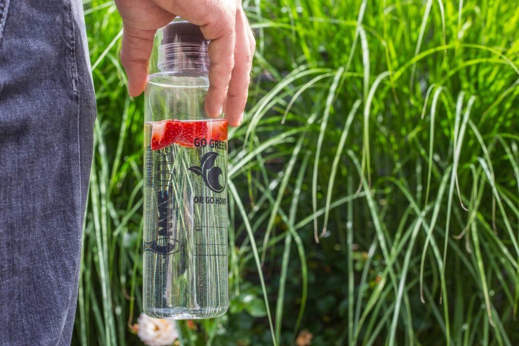 Ab sofort wird es in den französischen Wavetours-Camps nur noch wiederverwendbare Trinkflaschen geben!
