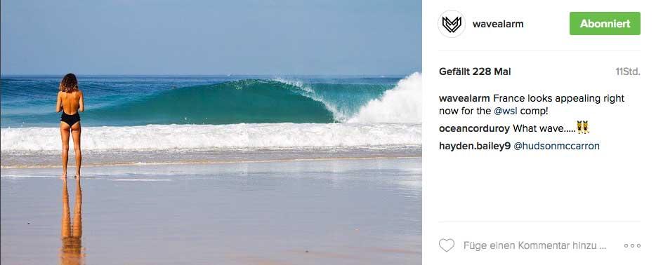 Später am Tag stiegen dann die Temperaturen, während die Wellen etwas kleiner, aber noch genauso perfekt über die Sandbänke liefen.