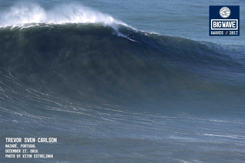 So sahen die Wellen am Samstag in Nazaré aus. Morgen könnte es größer werden.