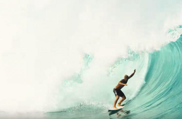 Mit dieser Welle gewinnt Koa Smith die Gesamtwertung beim Da Hui Shootout