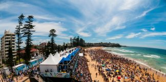 Crowd bei den Ozzie Open - Manly Beach, Sydney, New South Wales, Australia