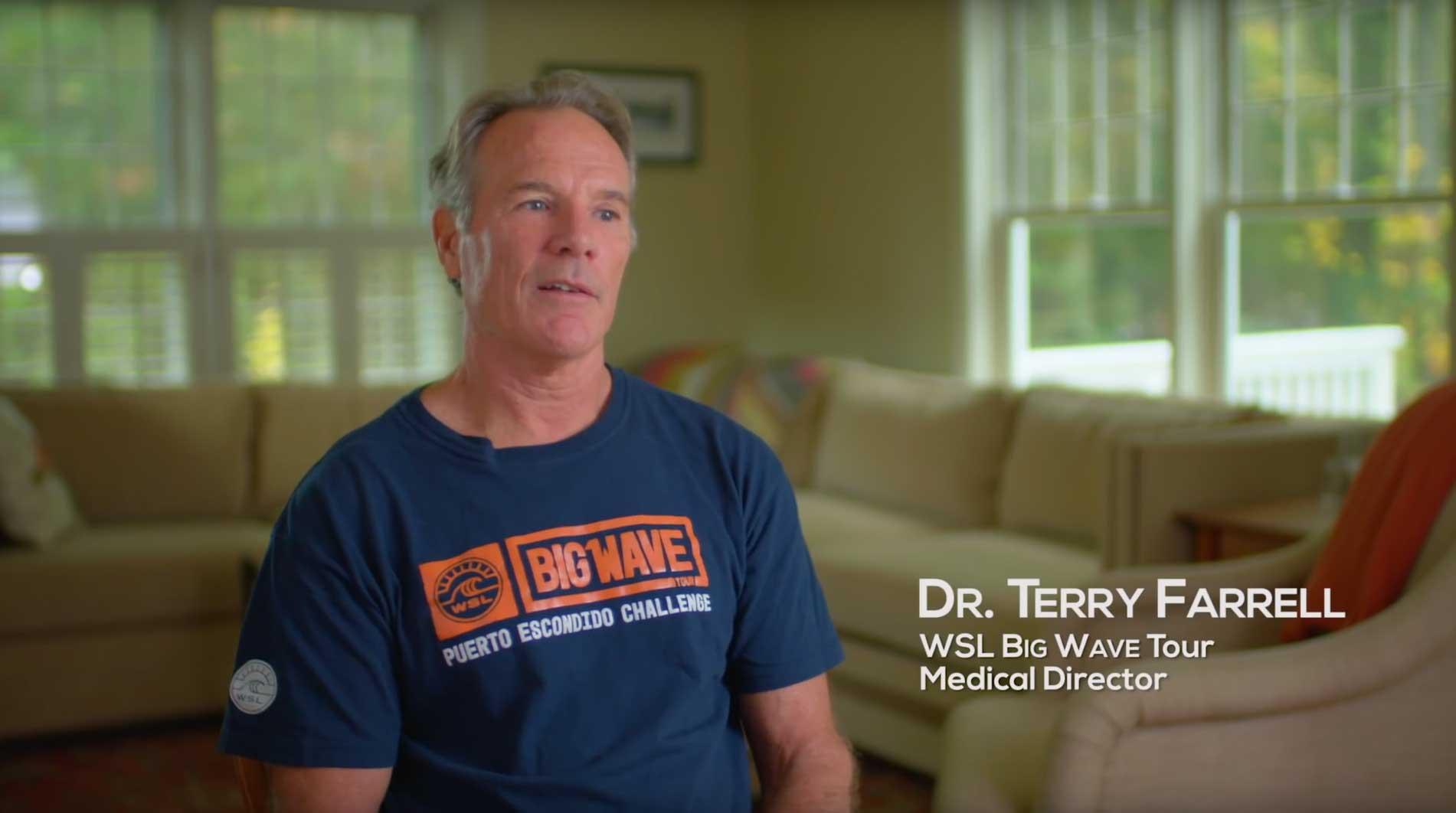 Dr. Terry, der Mann dem Big-Wave-Surfer vertrauen.