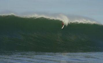 Peter Mel performt auch in kleinen Wellen