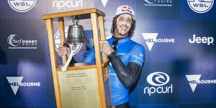 Jordy Smith gewinnt Rip Curl Pro Bells Beach 2017