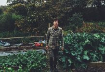 Fergal Smith im Garten