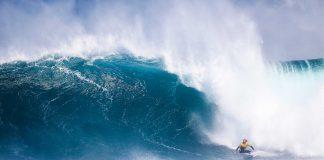 Owen Wright bei massien Wellen in Margarets