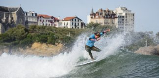 Frankie Harrer surfte sich bei den ISA World Surfing Games bis ins Halbfinale!
