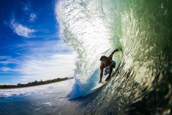 Jetzt das Sommer-Special bei Sudden Rush buchen und schon bald solche Wellen in Nicaragua surfen!