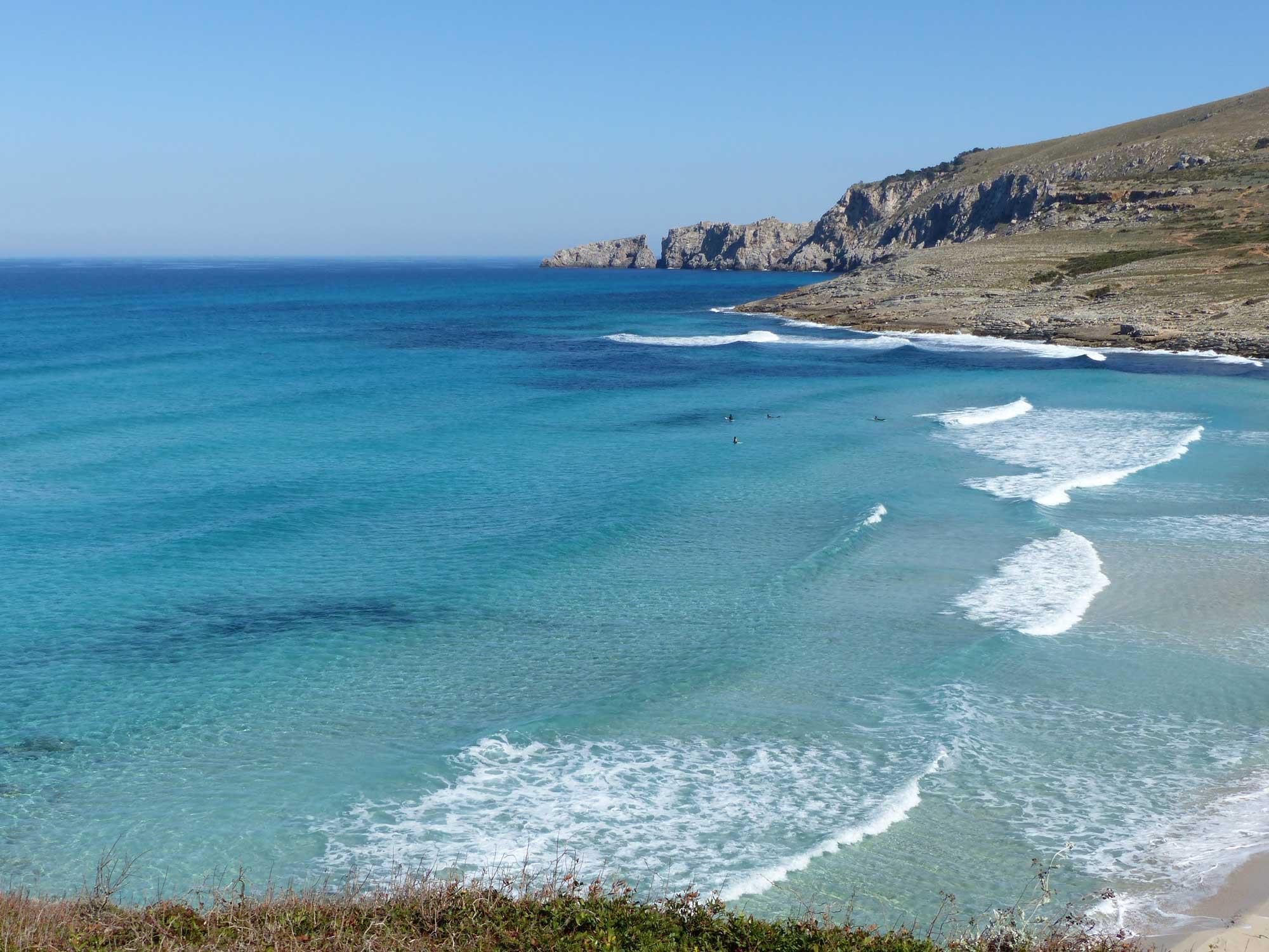 Mallorca mit Wellen, was es nicht alles gibt
