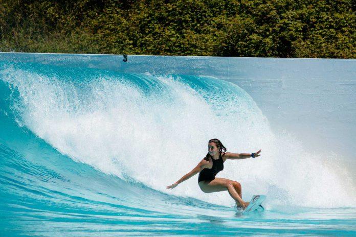 Die Härteste unter den Harten beim Surfen