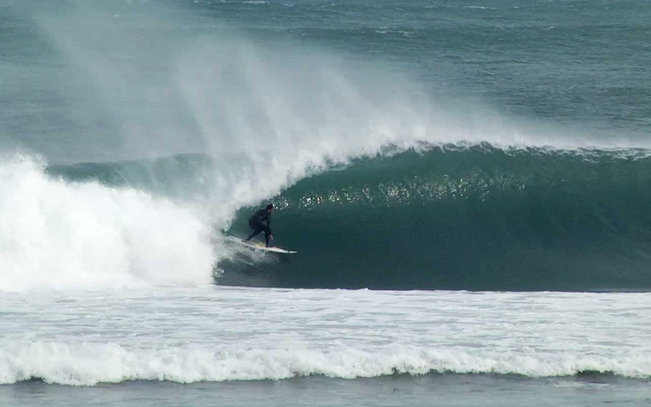 Es war eine Welle wie sie Kepa schon unzählige Male an seinem Homespot Mundaka geritten war. Doch diesmal ging es schief.