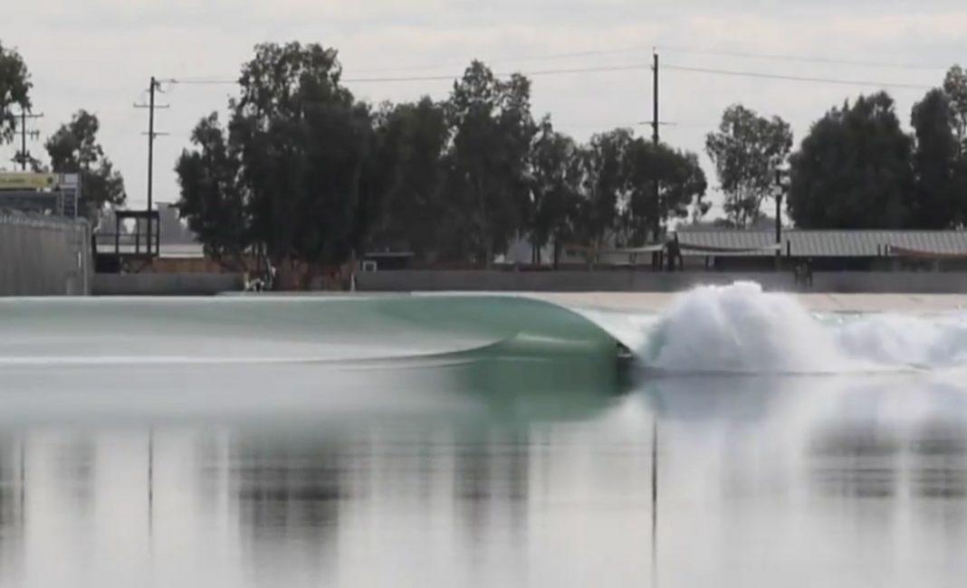 Wenn diese Welle nicht glassy ist, dann wissen wir es auch nicht.