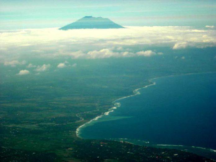 Der Agung auf Bali