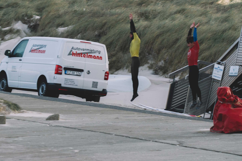 Sylt ist einer der Surfspots, an denen ohne Aufwärmprogramm nichts geht.