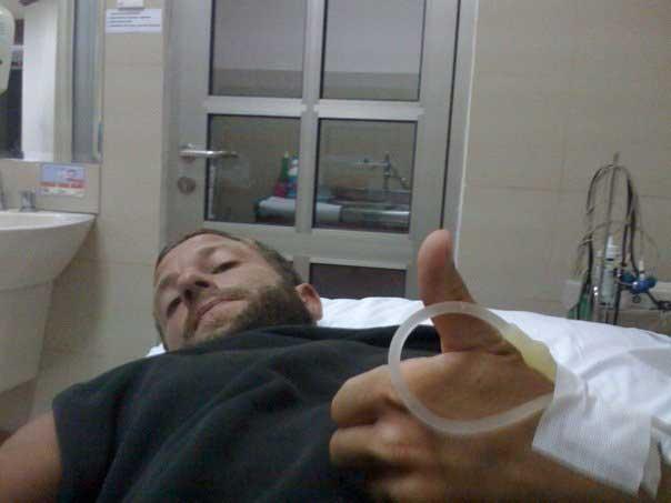 Ein paar Tage in einem Krankenhaus auf Bali stehen nicht unbedingt ganz oben auf der Wunschliste für einen Surftrip.