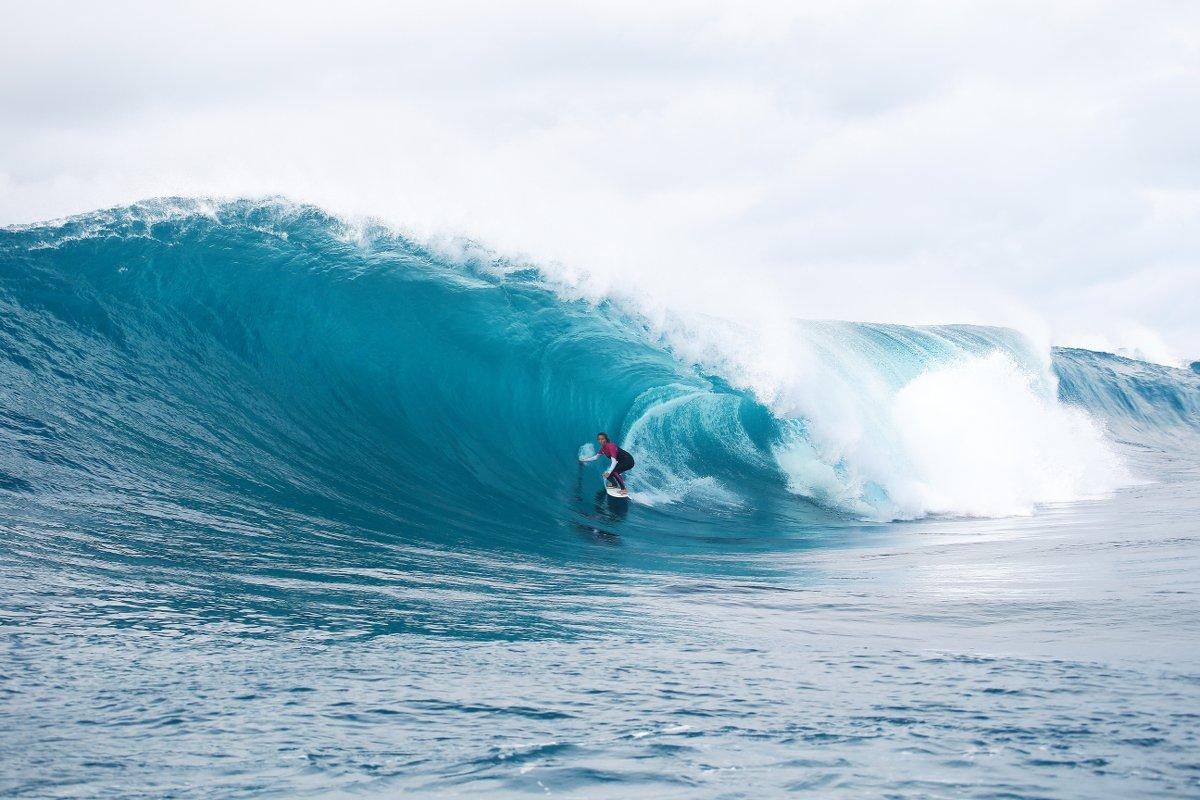 Von nichts kommt nichts! Um solche Wellen surfen zu können, trainiert Sally in einer Woche so viel wie andere im Büro sitzen. Foto: Fitzgibbons International