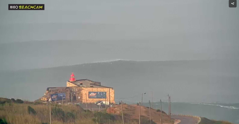 Der Blick auf Nazaré um genau 10.15 Uhr am Mittwoch.