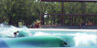 Texas ist das neue Ziel für Wavepool Surfer