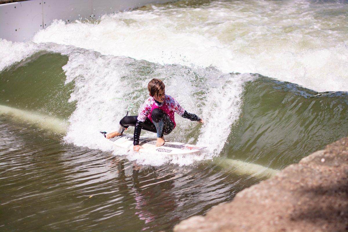Toni Meier holte sich mit stylischem und progressivem Rapid Surfing den Sieg in der Super-Jam-Gruppe.