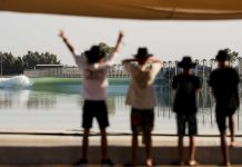 Die Quiksilver Young Guns auf der Surf Ranch