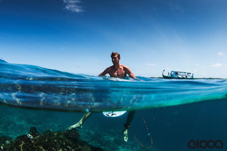 Elooa Surfcamps: Ein Trip auf die Malediven mit Leon Glatzer